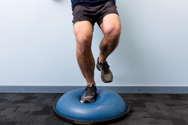 Bosu Squat Single Leg